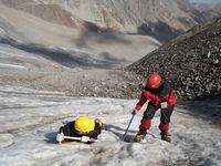 Тренировка на льду для новичков под перевалом Акташ.