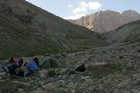 Долина реки Караказык Южный. Лагерь в устье Уллукола.