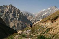Долина реки Караказык Южный. Дорога после переправы перед началом серпантина.