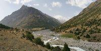 Панорама долины в устье реки Аллаудин, левого притока реки Караказык Северный.