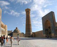 Путешествие по Узбекистану. Бухара. Мечеть и минарет Калян - визитная карточка древнего города.